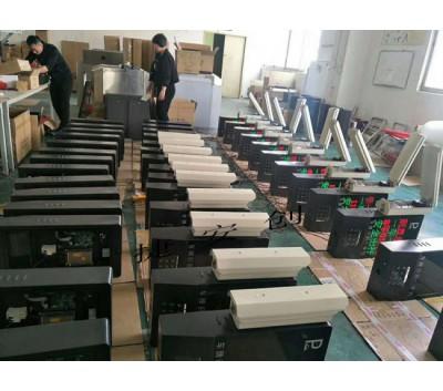 深圳车牌识别厂家 无感支付 停车场收费系统 小区刷卡门禁系统